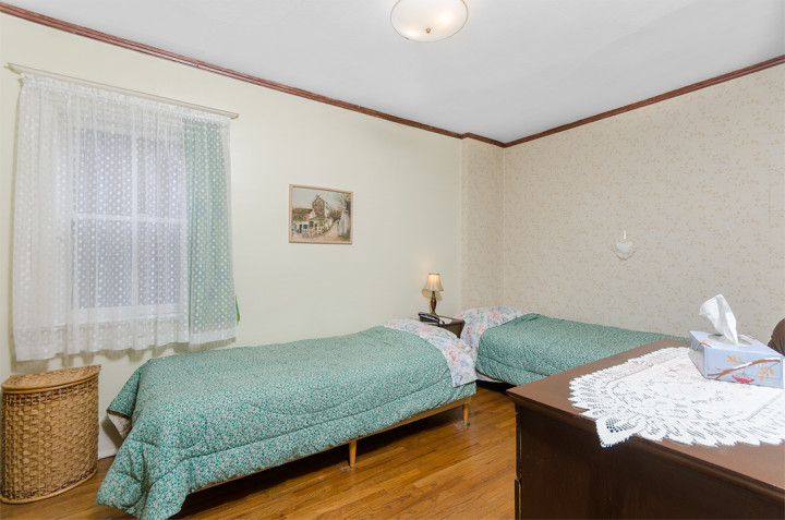 Third Bedroom, 468 Merton Street, Toronto Midtown, Davisville Village, from Jethro Seymour, one of the top Toronto Real Estate agents
