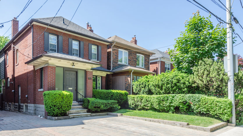 247 Belsize Drive | Home for sale in Davisville Village by Top 1% real estate Broker Jethro Seymour. Buying or selling call for expert advice - 416-712-0767