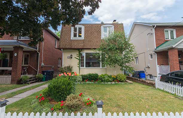 Front view of 57 Gresham Road located in Davisville Village, sold by top Realtor Jethro Seymour